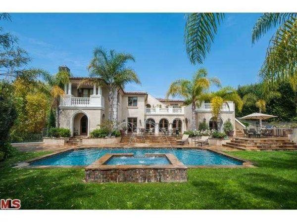 Luxury Farmhouse for sale in Los Angeles, California ...