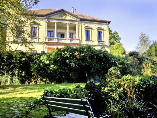 Case di Lusso Italia in vendita  Ville e appartamenti di