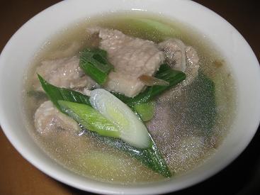 蒜苗肉片湯