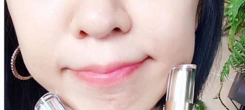 (唇妝)用LANAMI 男孩想親吻(唇油)+獨角獸粉唇(唇露)打造一個讓人想啾西的唇