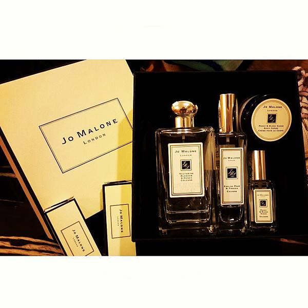 Jo Malone優雅氣質香水 <杏桃花與蜂蜜> & <英國梨與小蒼蘭>&<牡丹與胭紅麂絨>分享 (英國買)
