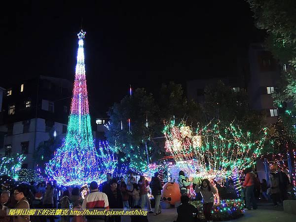 2012-1224 臺北市北投區 石牌 福興聖誕公園 @ 陽明山腳下的法蘭克 :: 痞客邦