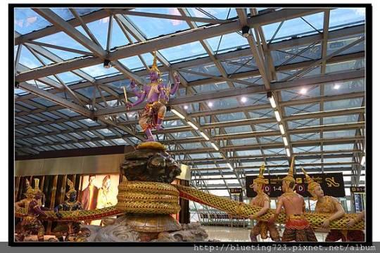 泰國曼谷《蘇汪納蓬機場Suvarnabhumi》5.jpg