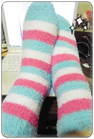 ♥ 好幸福的暖暖毛巾襪 ♥ @ ...★☆顏小千的跑跳人生☆★... :: 痞客邦