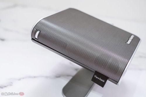 開箱 ViewSonic M1+ WVGA 360度無線巧攜投影機 迷你輕巧實用性超高!無線投影讓我追劇更享受!家庭娛樂、商務、露營適用12.jpg