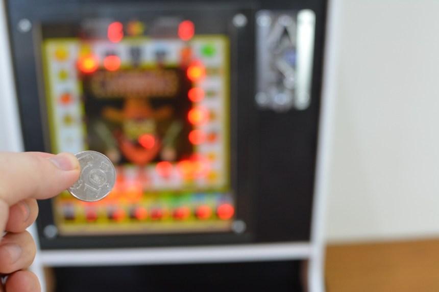 6-4HANLIN漢麟科技懷舊遊戲機存錢筒(小瑪莉吃角子老虎)-25.jpg