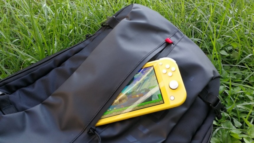 0-05Switch-Outdoor-22.jpg