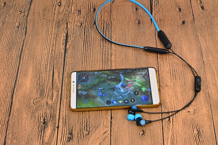 8-2JLAB-Play-Gaming-Bluetooth-IEM-97.jpg