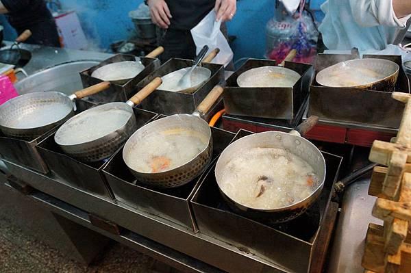 台北美食推薦-延三夜市必吃嘉義鮑魚海產粥