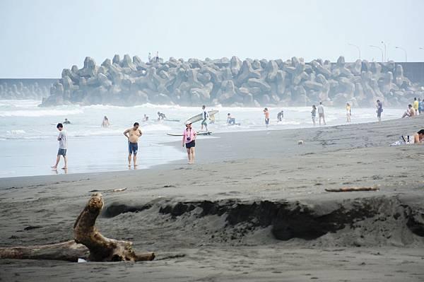 宜蘭景點推薦-夏天就該這樣玩,蜜月灣.外澳衝浪去,沙灘.陽光.比基尼我來了︿︿