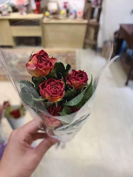 台北質感花店推薦,乾燥玫瑰花特寫.JPG