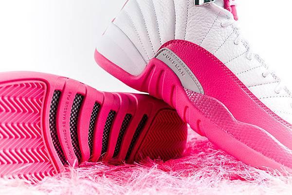 air-jordan-12-pink-white-2016-girls-5.jpg