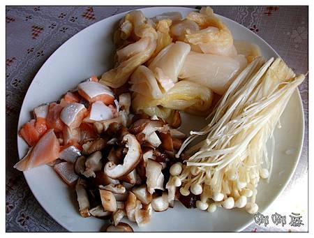 炒酸白菜材料