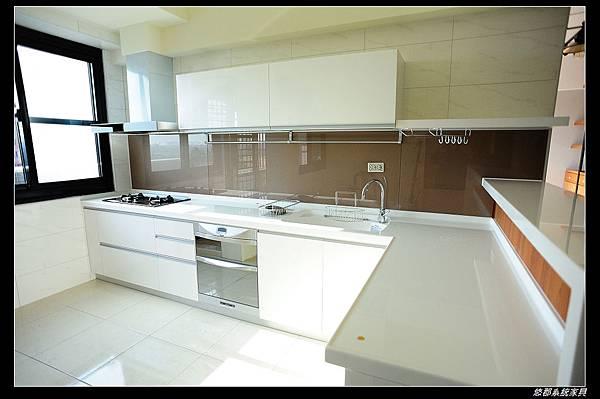 高雄悠郡系統家具~量身訂做的優質廚房 @ 黃小怡 系統家具,全室空間設計規劃 :: 痞客邦