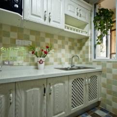 Rustic Kitchen Sink Backsplash In 厨房水槽装修效果图 设计本 白鸟水槽效果图图片