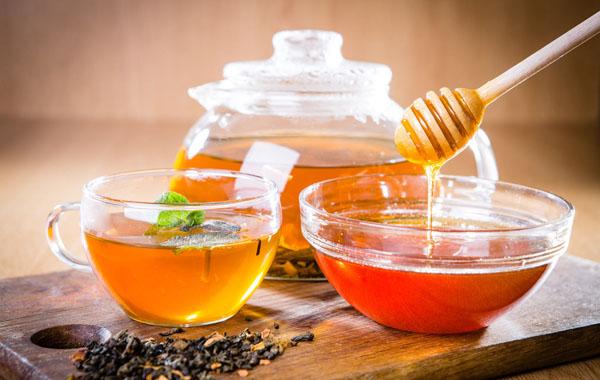 蜂蜜啥時候喝比較好 什麼時候喝蜂蜜水最好 - 天天健康