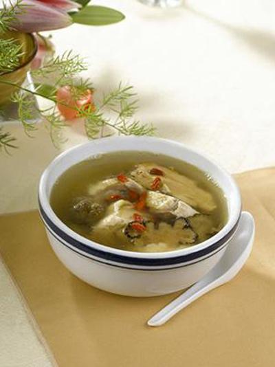 黃花菜瘦肉湯可健腦益智 具體做法有哪些 - 天天健康