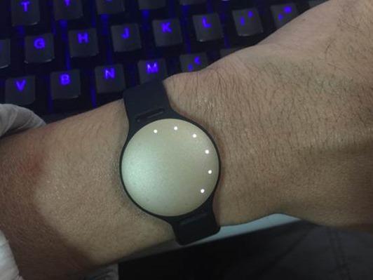 MISFIT SHINE 結合時尚與設計的運動+睡眠偵測手環 clip_image054
