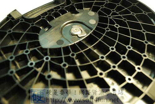 物美價廉的 LED 背光液晶螢幕:CHIMEI光羽翼 23LH DSC_0165_thumb