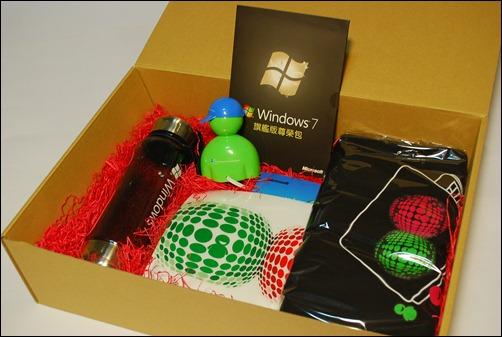 [限時殺價] Windows 7 is Now 享樂包(含Windows 7正式旗艦版) DSC_0046