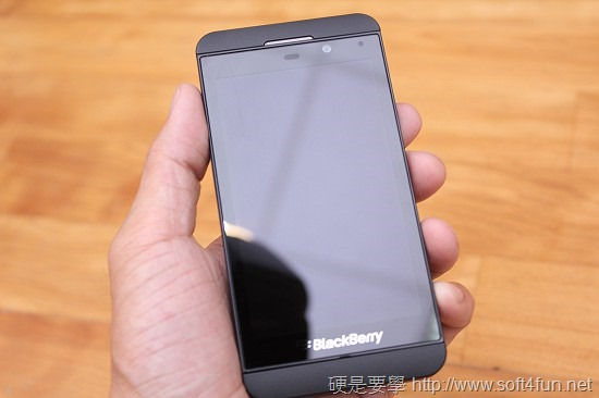 進擊的黑莓機 BlackBerry Z10 開箱評測 IMG_0796