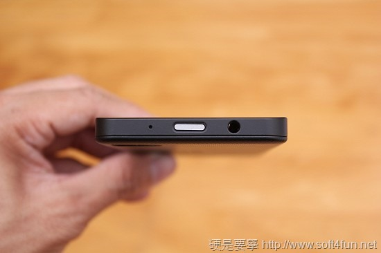 進擊的黑莓機 BlackBerry Z10 開箱評測 IMG_0812