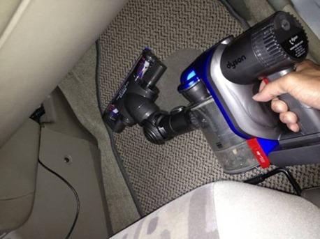 [開箱] 揪感心母親節禮物:Dyson DC35 吸塵器 clip_image018