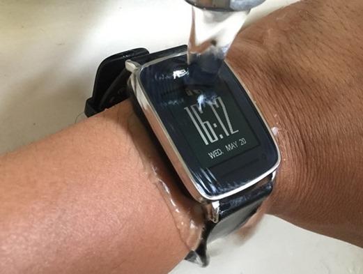 ASUS VivoWatch 運動手錶,電池續航超長,可測UV等級、心率 clip_image012