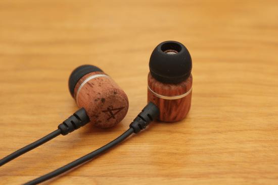 Avier 入耳式全音域耳機,音質好、易收納、價格便宜的高 CP 值選擇! avier-020
