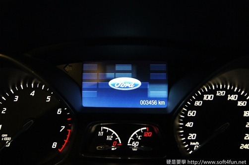 [試駕]令人驚艷的福特 Focus MK3 1.6L GHIA 08_thumb