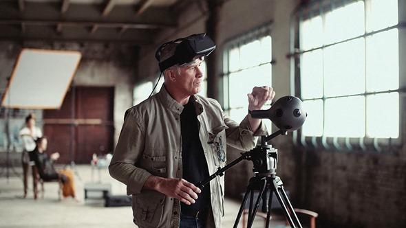 [評論] 用虛擬實境(VR)眼鏡看虛擬實境電影的心得與隱憂 vr-camera