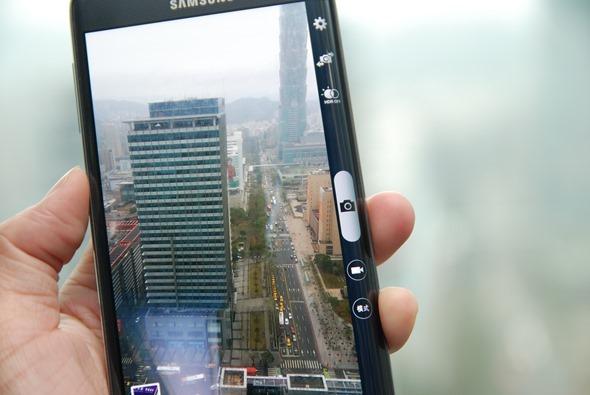 多一個螢幕很不一樣!Samsung Galaxy Note Edge 正式在台灣發表 DSC_0039