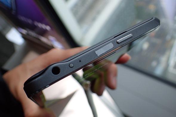 多一個螢幕很不一樣!Samsung Galaxy Note Edge 正式在台灣發表 P1280178