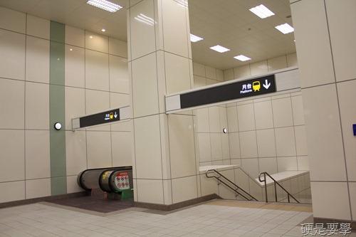 捷運新莊線通車試乘心得,全線7站走透透 IMG_2033
