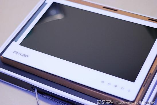 [開箱] GeChic 1302 行動延伸螢幕,雙螢幕也可以隨身帶 DSC_0015