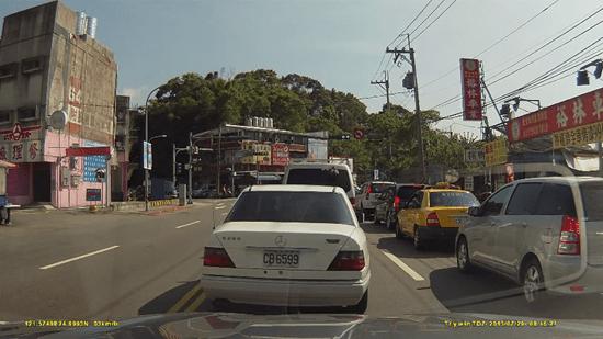 行車紀錄器選擇與安裝方法,教你如何把道路狀況拍清楚 -2