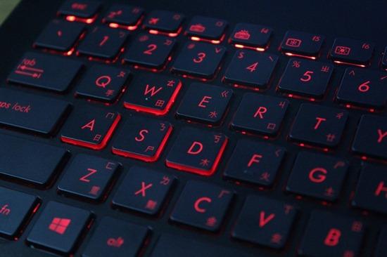 [評測] 紅黑華麗的ASUS G551JM 電競筆電,TPA電競團隊指定款 image009