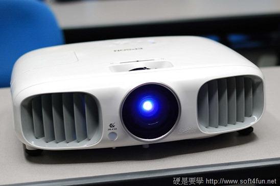 EPSON 3D 投影機 EH-TW6000 、 EH-TW8000 體驗報告 clip_image004