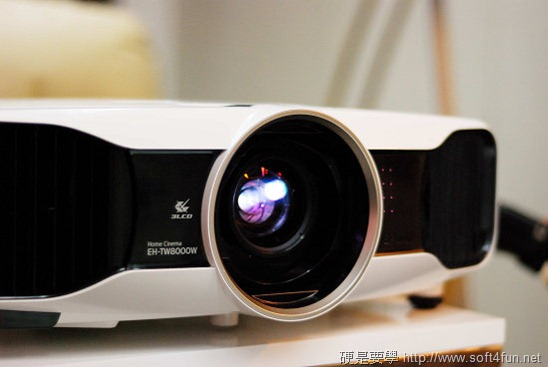 EPSON 3D 投影機 EH-TW6000 、 EH-TW8000 體驗報告 clip_image011