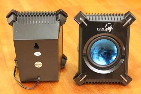 昆盈 GX Gaming SW-G2.1 2000冷冽懾蠍重低音喇叭評測 clip_image012