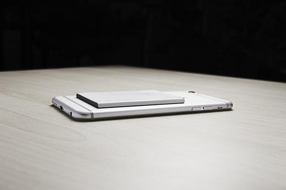 [科技新視野] PIECE 無線SIM卡轉接器,讓iPad、iPod Touch 都能接電話! 3ccc0adc62151b891a440ae4365cc351_original