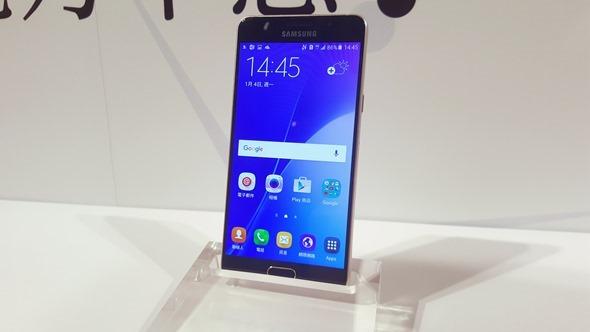 旗艦在前,無懼!三星推出 Galaxy A5、A7(2016),下放多種旗艦手機配備 20160104_144555