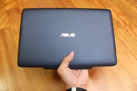 [評測] 變形筆電ASUS Transform T200TA 筆電、平板隨你變 image025