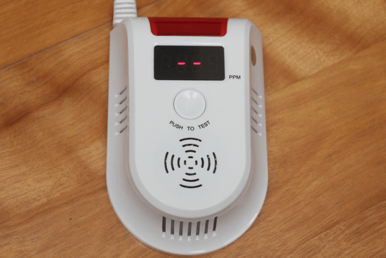 預防氣爆!天然氣/瓦斯警報器,即時測報外洩燃氣濃度 -020