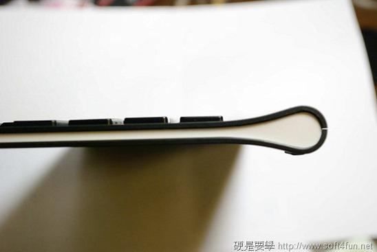 【開箱文】羅技 iPad 鍵盤立架組 - 再也不用忍受螢幕鍵盤的折磨啦! clip_image014