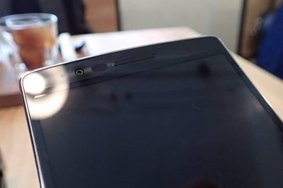 擁有曲面螢幕的旗艦手機 LG G Flex2 開箱評測,旗艦規格不旗艦的價格 clip_image018