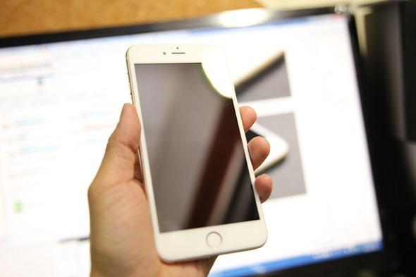 [推薦] iPhone 6/6 Plus 3D 滿版康寧9H鋼化玻璃保護貼 IMG_8205