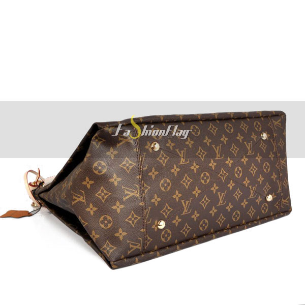 Louis-Vuitton-Monogram-Canvas-Artsy-11