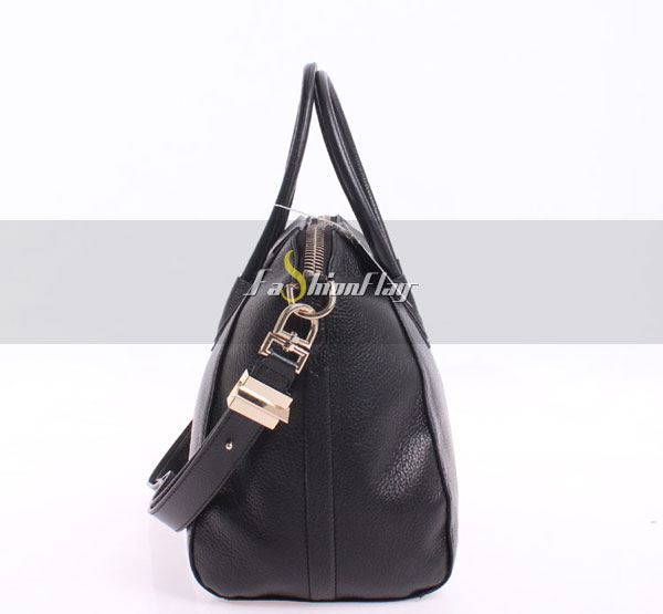 Givenchy-Large-Full-Cowhide-Antigona-Satchel-9573-Black-03