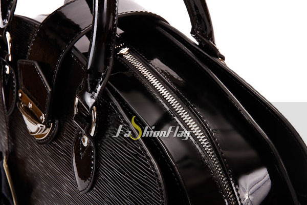 Louis-Vuitton-Epi-Leather-Pont-Neuf-GM---Glossy-Black-d